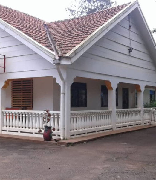5-Bedroom-House-for-rent-in-Kololo-660x600